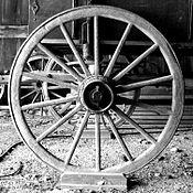 A wooden wheel