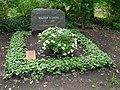 Walter Scheel - Waldfriedhof Zehlendorf.JPG
