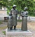 Weimar Albert Schweitzer Denkmal 02.JPG