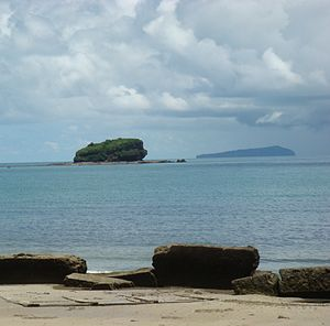 Weizhou Island - The Pig Rock and Xieyang Island from Weizhou Island
