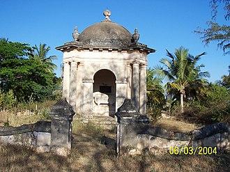 Second Anglo-Mysore War - Image: William Baillie Memorial, Seringapatam