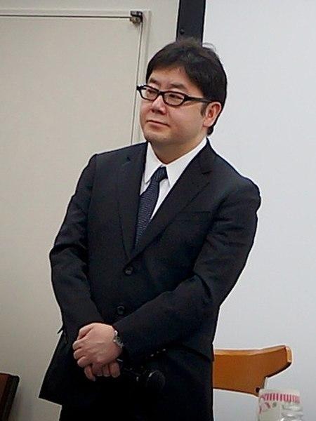 Akimoto Yasushi