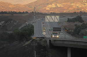Freeway Complex Fire - Closure of SR 91 on November 15, 2008