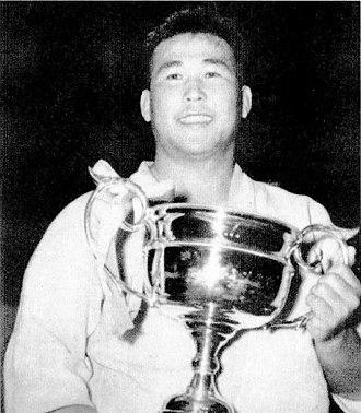 Yoshihiko Yoshimatsu - After winning the All-Japan Championships in 1952