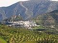 Zahara de la Sierra desde Algodonales.jpg