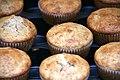 Zitronenmuffins mit Pecannüssen und Rosmarin (4317764959).jpg