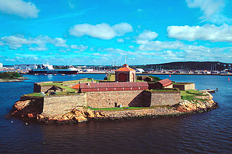 Älvsborg fortress - New Älvsborg Fortress today, with Gothenburg in the background.