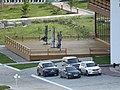 Автомобили перед главным входом - panoramio.jpg