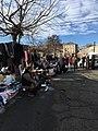 Блошиный рынок на Братьев Щукиных, Владикавказ.jpg