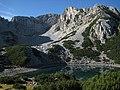 Вр.Синаница с езерото от хижата - panoramio.jpg