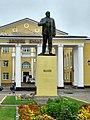 Суворов, памятник Ленину.jpg