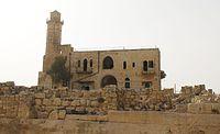 קבר שמואל הנביא מבט מבחוץ.jpg