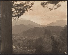 -View of Mountains and Valley from Above- MET DP136234.jpg