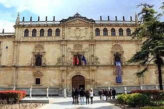 University of Alcalá - The plateresque facade (R. Gil de Hontañón, 1543) of the most recognized building of the university