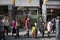 01.28 嘉義配天宮外,熱情的民眾排隊等待總統發放福袋 (32412691822).jpg