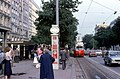056R07270679 Kärntnerring, Haltestelle Oper, Blick Richtung Schwarzenbergplatz, Linie 25, Typ E1 4489.jpg