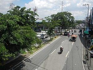Congressional Avenue, Quezon City - Image: 08776jf Congressional Avenue Footbridge EDSA Muñoz Quezon Cityfvf 05