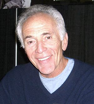 Bruce Weitz - Weitz at the Big Apple Convention in Manhattan, 2009.