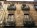 130 Casa de Cuervo Arango, c. La Ferrería 10 (Avilés), balcons.jpg