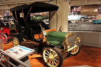 Ford Piquette Avenue Plant - Image: 1905 Ford Model B Touring (14434412926)