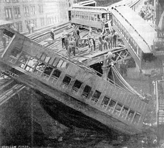 1905 in the United States - September 11: Ninth Avenue derailment