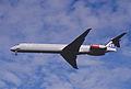 190dw - Scandinavian Airlines MD-82, SE-DIX@LHR,05.10.2002 - Flickr - Aero Icarus.jpg