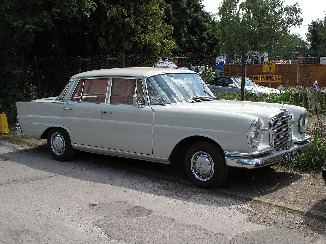 File 1962 Mercedes-benz 220s Jpg