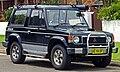 1989 Mitsubishi Pajero hardtop (2010-12-10) 01.jpg