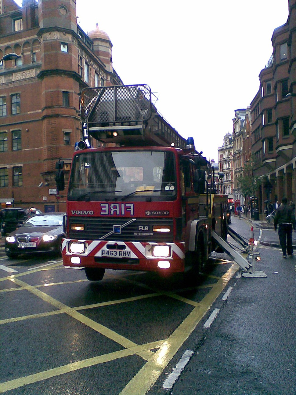 1996 London aerial fire appliance