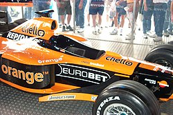 2000 Orange Arrows F1.JPG