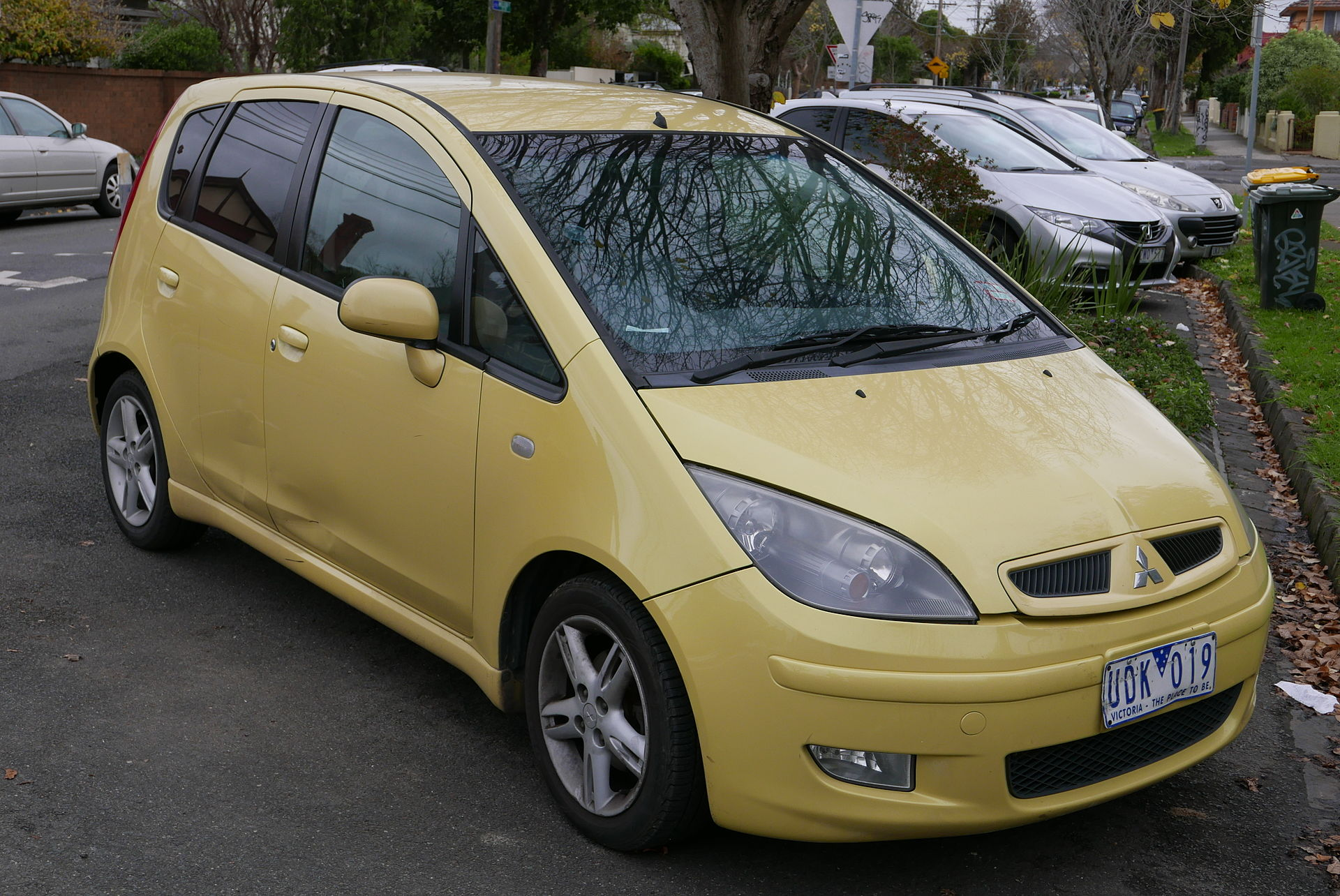 Cars For Under 1000 >> Mitsubishi Colt - Wikipedia