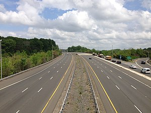 Interstate 195 (New Jersey) - View east along I-195 from its western terminus at I-295