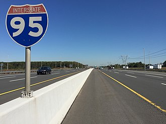 Interstate 95 in New Jersey - View north along the New Jersey Turnpike in Hamilton Township, Mercer County. This is one of the southernmost I-95 signs on the mainline New Jersey Turnpike
