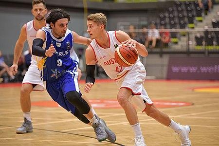 20180913 FIBA EM 2021 Pre-Qualifiers Austria vs. Cyprus Sizopoulos Klepeisz 850 5726.jpg