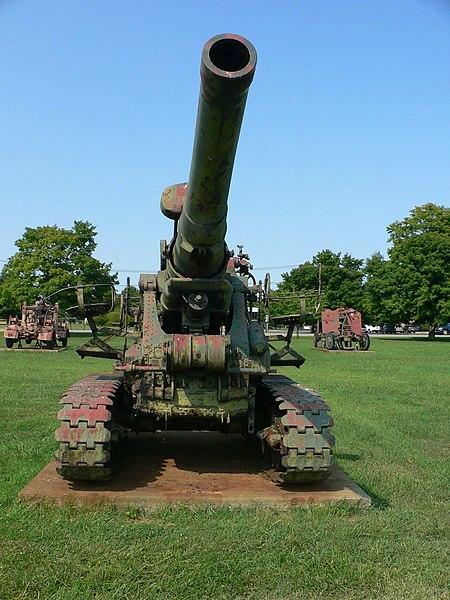 B-4 et B-4M ( Russie ) 450px-203_mm_howitzer_M1931_%28B-4%29_3