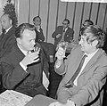 27e Hoogovenschaaktoernooi te Beverwijk, links de Tsjech Pachman en rechts Donne, Bestanddeelnr 917-3047.jpg