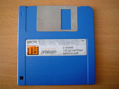 3,5 DD floppy (720 KB) front.jpeg