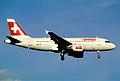 329ac - Swiss Airbus A319-112, HB-IPY@ZRH,30.10.2004 - Flickr - Aero Icarus.jpg