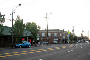 Mt. Scott-Arleta, Portland, Oregon - Image: 6300 block of SE Foster Rd south side
