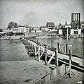 8 1932 piles et pont bateaux.jpg