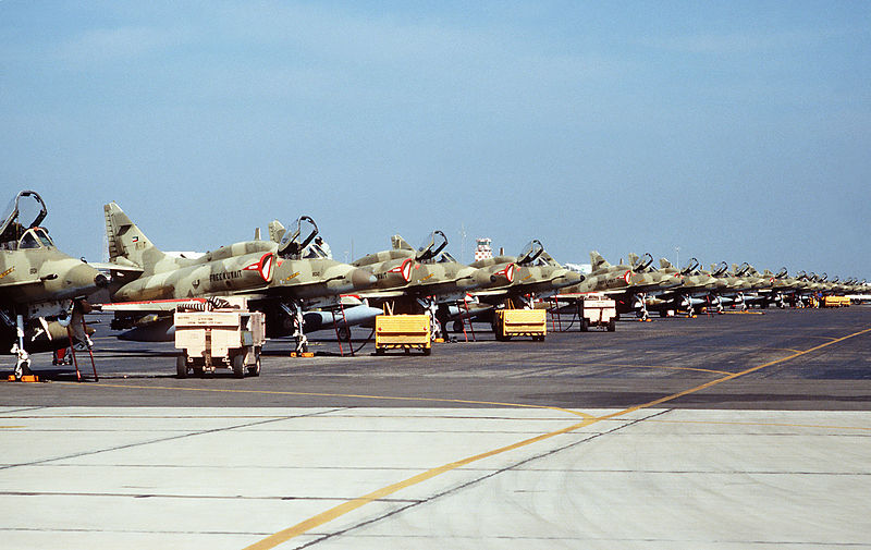 File:A-4KUs 13Feb1991.jpg