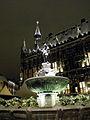 Aachen Rathaus Karlsbrunnen Winter.jpg