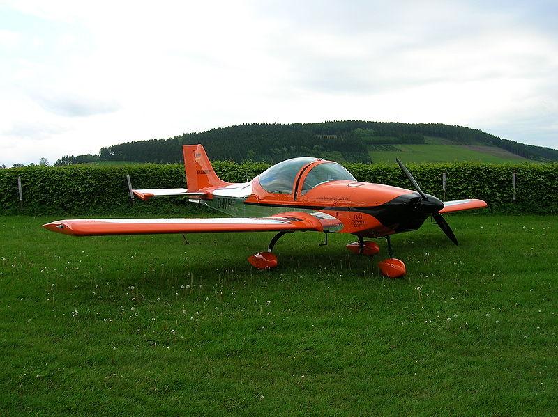 File:Aerostyle breezer front.jpg