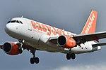 Airbus A319-100 easyJet (EZY) G-EZDE - MSN 3426 (10223158253).jpg