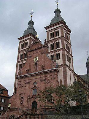 Amorbach Klosterkirche Fassade 1