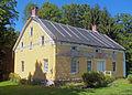 Andries DuBois House, Wallkill, NY 2012.jpg