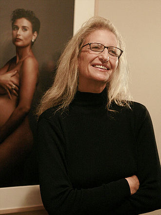 Annie Leibovitz - Leibovitz in front of her More Demi Moore Vanity Fair cover photo, 2008