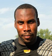 Description de l'image  Anquan Boldin at McDaniel College in 2010.JPG.