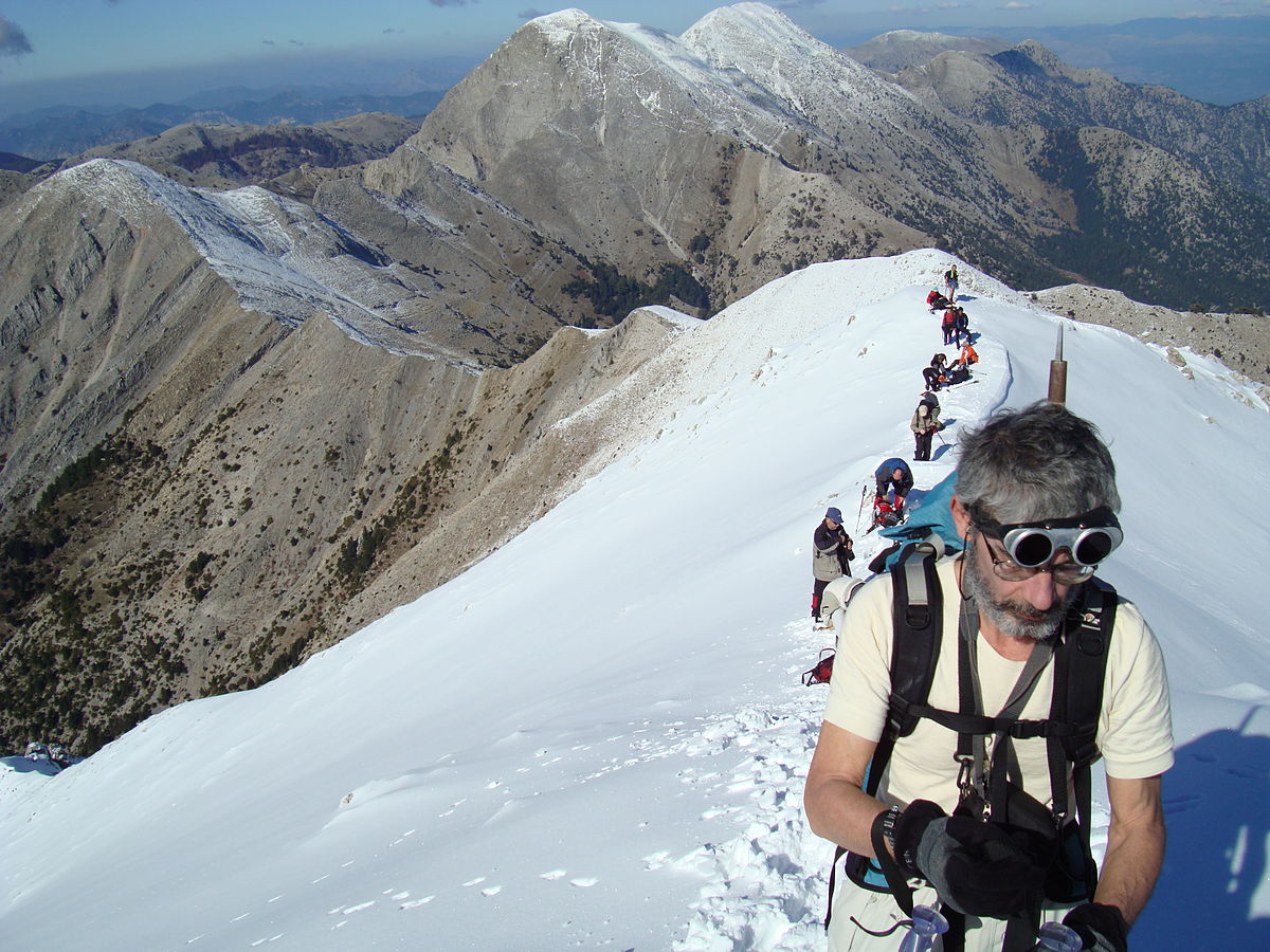 1 Point Safety >> Mountaineering – Travel guide at Wikivoyage