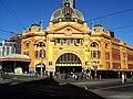 August 2006 Flinders Street Station.jpg